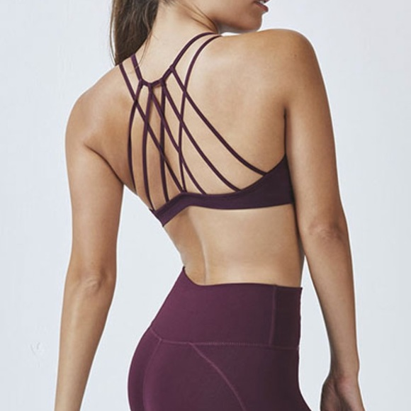 22e21876d7 Fabletics Other - DASH SEAMLESS BRA II BY FABLETICS